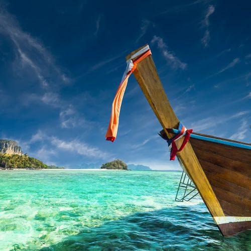 amazing-tropical-landscape-with-thai-traditional-b-PNH8LCJ-min
